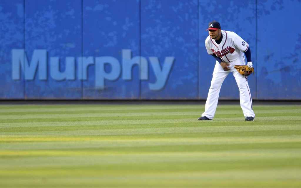 Andruw Jones, center fielder for the Atlanta Braves, plays t
